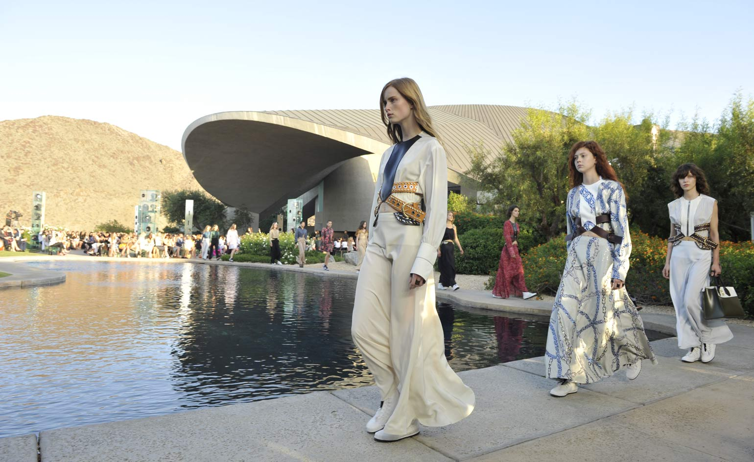 Louis Vuitton cruise 2016 Palm Springs, California - photos courtesy Louis Vuitton
