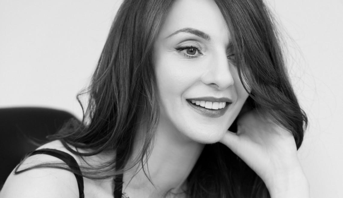 Veronica Zaharia, Parlor : « Îmi plac clientele dificile »
