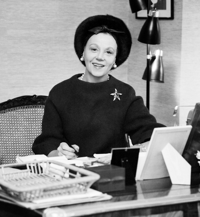 Eleanor Lambert, 1963