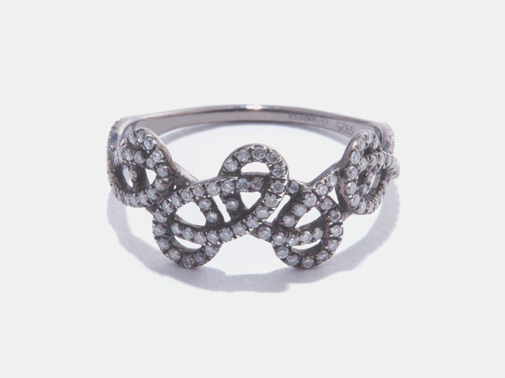 R3969_Tatouage-Ring-Noir-Sur-Blanc-1000x750