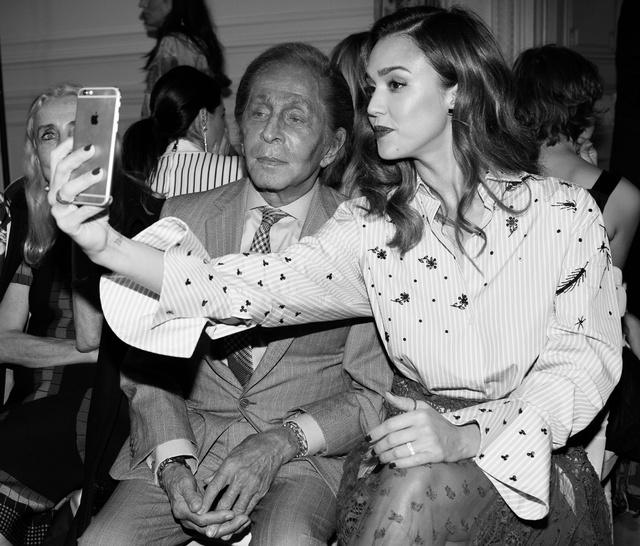 Vogue France - Monsieur Valentino si jJessica Alba, photo by Andreea Macri