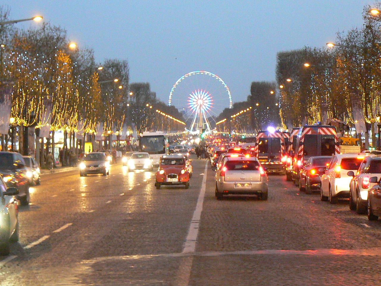 Champs Elysées December 2016