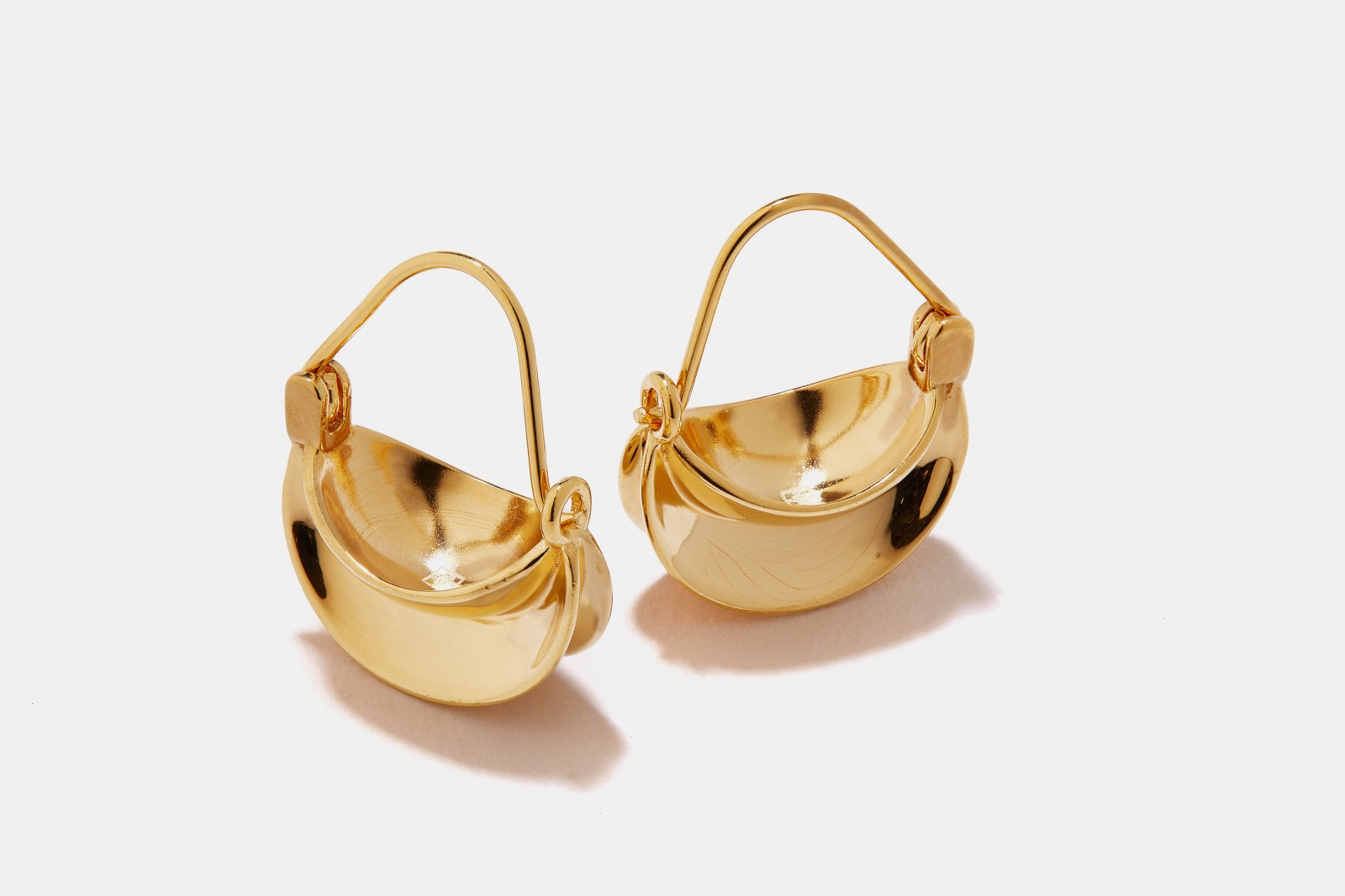 Mini-Paniers-Dore-Earrings-Pair-14k-Gold-Plated-Brass